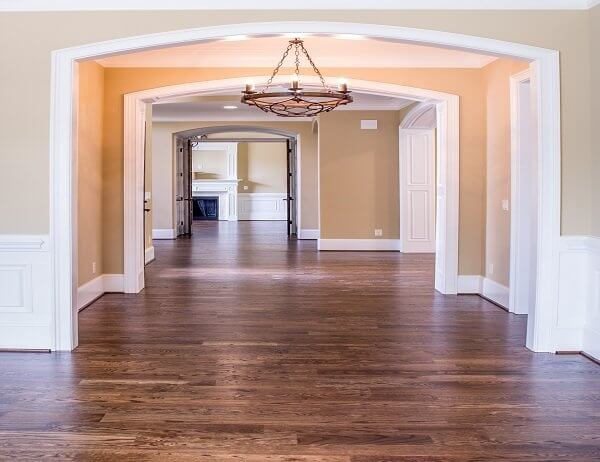 Hardwood flooring installation services in Chicago. Contact us for a free estimate!