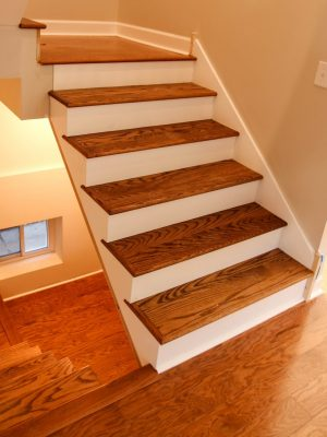 Hardwood flooring installation and refinishing in Chicago. Contact us and schedule a free estimate!