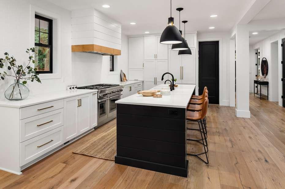 wide plank natural hardwood floor