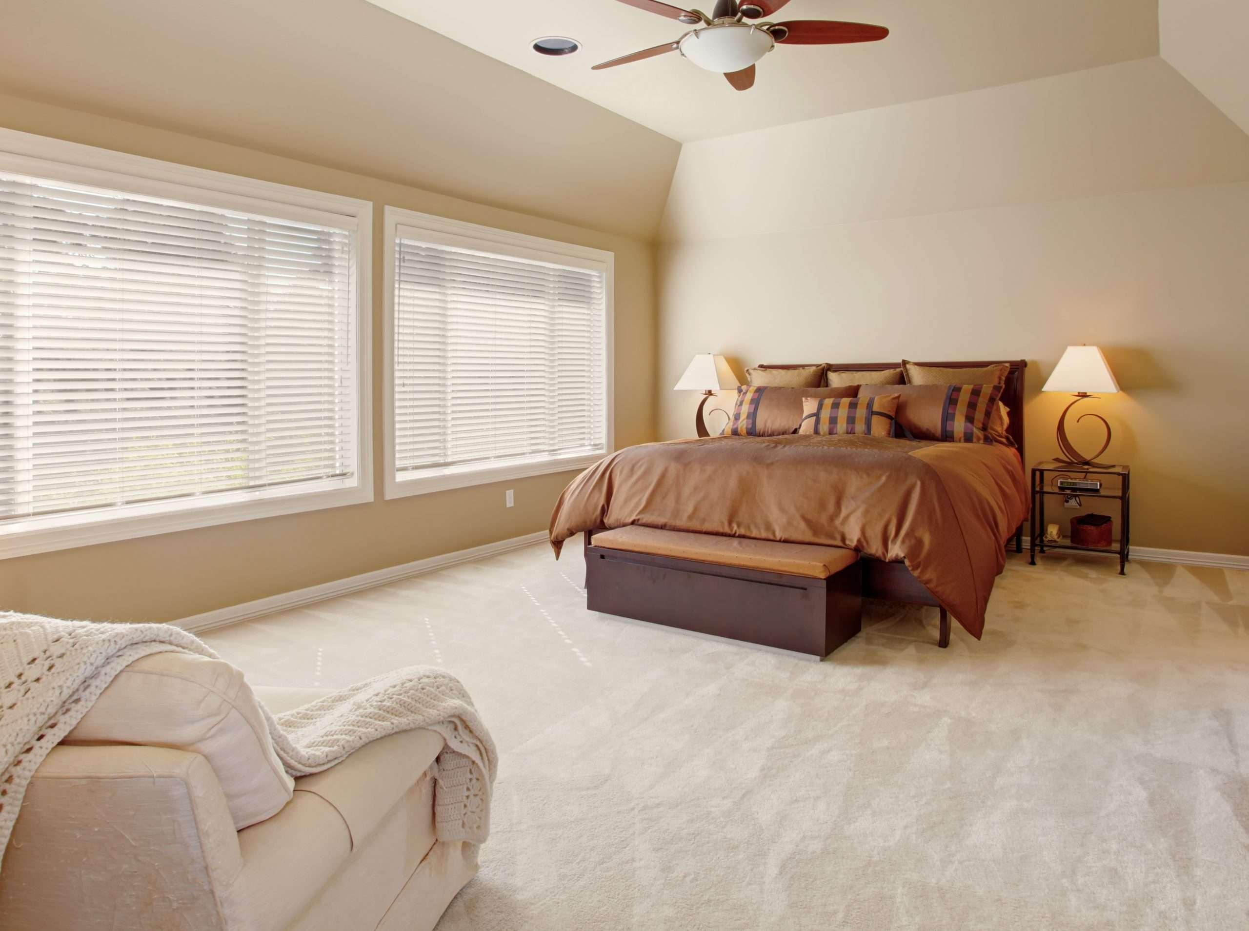 Carpet floor in the bedroom