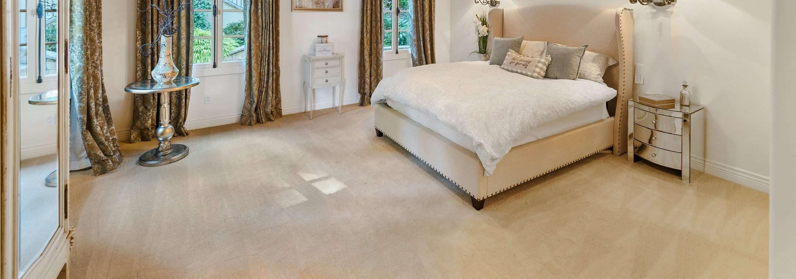 carpet flooring in master bedroom